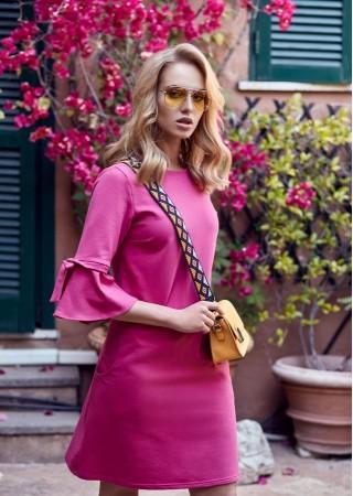 Kleita ar volānu piedurknēm rozā M286-fuchsie Moe Kleitas Greetha