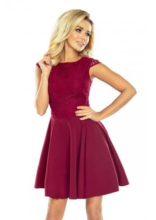 Sievišķīga kleita ar mežģīnēm vīnsarkana Numoco Kleitas Greetha