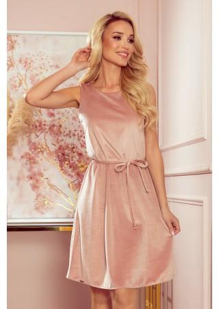 Mīksta samta kleita ar jostiņu rozā 296-7 Numoco Kleitas Greetha